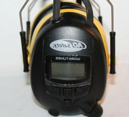 Peltor HRX52A AM/FM Radio Hearing Ear Protection WORKTUNES Y