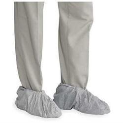 DUPONT FC450SGY00020000 Shoe Covers, Slip Resist, 1Size, Gra