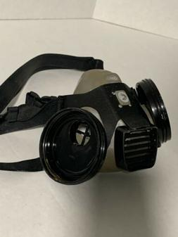 AOSAFETY 50302 Professional Respirator Mask/ USED